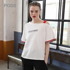 PASS2018新款夏装单边漏肩一字领字母短袖女ins同款白色t恤潮人