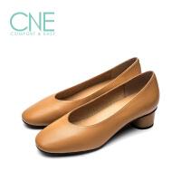 CNE2019年春夏小白鞋女圆头粗跟舒适正装奶奶鞋女单鞋9T35501