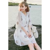 春夏季雪纺海边度假裙沙滩裙小清新刺绣吊带碎花泰国潮牌宽松连衣裙 白色