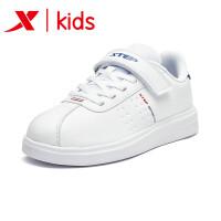 特步童鞋男童板鞋轻便舒适官方正品时尚魔术贴运动鞋681115319176