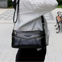 手提女士包单肩包包斜挎包手提包单肩斜挎包手拎包女士包包手腕包中年牛皮包