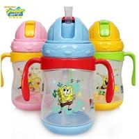 海绵宝宝婴儿防漏吸管杯儿童带手柄学饮杯透明便携塑料杯卡通杯子 带手柄便携宝宝吸管水杯 .