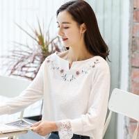 宽松长袖T恤女刺绣白色衣服2018春装新款女装韩版蕾丝小V领打底衫 白色