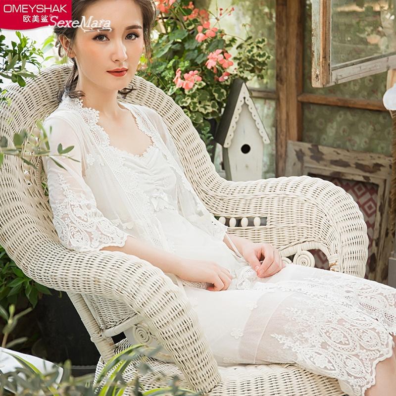 睡裙女夏季吊带性感蕾丝夏天莫代尔薄款公主睡衣二件套装极度诱惑 发货周期:一般在付款后2-90天左右发货,具体发货时间请以与客服协商的时间为准