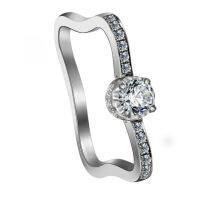 梦克拉 钻戒18K金钻石戒指女款婚戒 爱的足迹