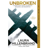 Unbroken (Movie Tie-in Edition) : A World War II Story of Survival, Resilience, and Redemption 坚不可摧(非删减版) 纽约时报畅销图书 Angelina Jolie(安吉丽娜朱莉)首部执导影片 当当网5星级英文学习产品