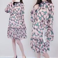 孕妇连衣裙春装2018韩版时尚中长款碎花喇叭袖雪纺裙子上衣宽松潮 花色