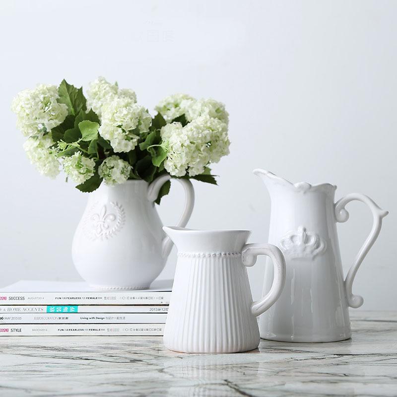 美庭 维多利亚时代浮雕徽章花瓶 陶瓷花盆现代家居客厅电视柜摆件支付礼品卡 白色奶壶花器 欧式贵族风范