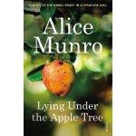 英文原版 Lying Under the Apple Tree 艾丽丝・门罗短篇小说集:躺在苹果树下
