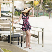 大码泳衣女胖mm200斤 遮肚显瘦宽松保守裙式加肥加大码泡温泉泳装