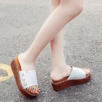 清凉露趾一字型珍珠装饰潮搭拖鞋外穿休闲松糕凉拖鞋女鞋
