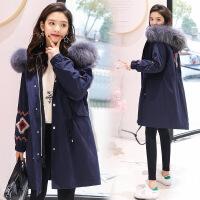 羽绒服女中长款2018冬季韩版刺绣大毛领宽松加厚外套可拆卸两件套