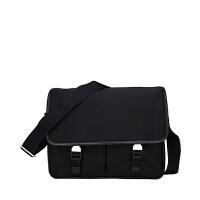 PRADA/普拉达 男士黑色织物单肩斜挎包 2VD768 064 F0002 支持礼品卡支付