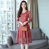 长袖连衣裙 女士V领拼接碎花连衣裙2020年秋季新款韩版时尚女式修身女装蕾丝裙