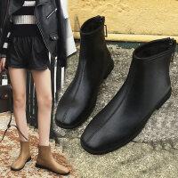 加绒马丁靴网红小短靴女冬季平底方头时尚百搭短筒瘦瘦靴