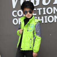 男童秋装外套防水冲锋衣休闲外套中大童加绒加厚运动夹克风衣
