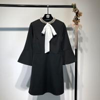 欧美风港味洋气钉珠圆领喇叭袖系带蝴蝶结连衣裙 春季修身小黑裙