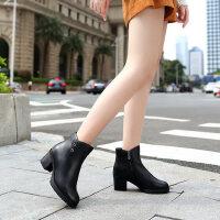 camel骆驼秋季新款女鞋牛皮保暖加绒靴子简约通勤粗高跟女短靴