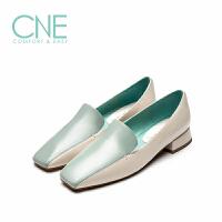 CNE2019春夏新款中性风方头低跟撞色拼接乐福鞋女单鞋AM20401