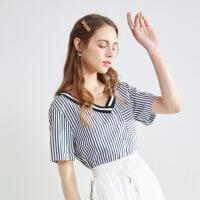 【2件2折到手价:90元】秋水伊人夏季新款女装简约竖条纹V领短袖衬衫上衣女