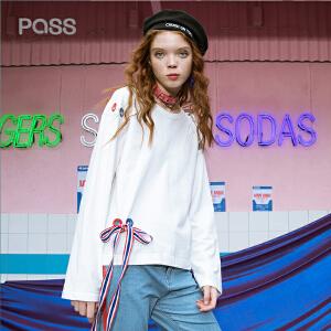 PASS2018春装新品织带绣花宽松套头t恤女长袖6810111097