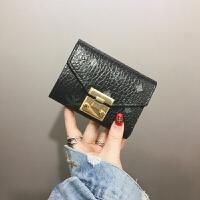 新款欧美小钱包女短款2018新款时尚卡包复古印花锁扣迷你搭扣折叠钱夹