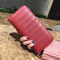 妈妈礼物生日女士钱包大气2018卡包时尚节日撞色手拿简约韩版手 菱格红色 带手腕带