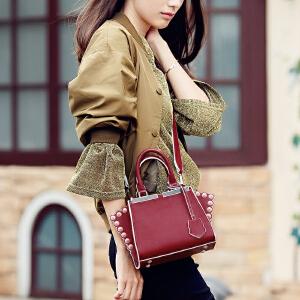 toutou2017秋季包包女韩版个性铆钉翅膀包宽肩带手提单肩斜挎包潮