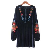 女装秋欧美风复古刺绣花朵长袖天鹅绒连衣裙宽松短裙子