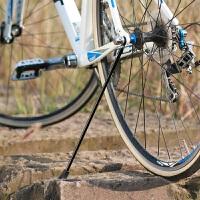 自行车脚撑山地车后边支撑折叠停车架单车配件快拆碳纤维
