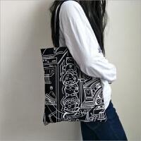 新款帆布包女学生韩系简约漫画购物袋小清新单肩包