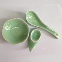 陶瓷故事 青瓷餐具