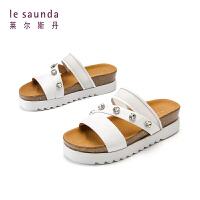 莱尔斯丹 夏新款厚底休闲女款凉鞋网红拖鞋AM24802