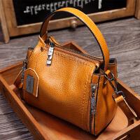 新款女士小包包2018新款头层柔软牛皮水桶包真皮手提包斜跨女包迷你包 棕色 Z009
