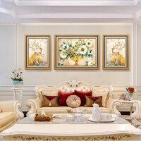 沙发背景墙装饰画欧式壁画三联风水麋鹿墙画客厅挂画大气轻奢