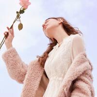 【春节嗨购|2件2.5折|到手价:1072元】秋水伊人2019年冬装新款女装方领单排扣甜美保暖中长款大衣皮草女