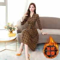 连衣裙 女士V领加绒加厚格子连衣裙2020年冬季新款韩版时尚潮流女式修身洋气女装打底裙